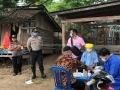 Tim Medis Puskemas Cabalai Gelar Rappid Test di Pasar Desa Calabai