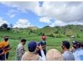 Tinjau Korban Banjir di Desa Bara, Gubernur NTB Sempatkan Waktu Nanam Bibit Pohon di Lahan Negara wilayah Dompu