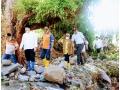 Bupati dan Wakil Bupati Dompu Sambangi Korban Banjir di Kecamatan Hu'u