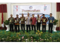 Pemerintah Kabupaten Dompu Terima Penghargaan Dari (KPPN) Bima Sebagai Pengelola DAK FISIK Terbaik.